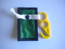Z Knife W/GREEN Pouch - Product Image