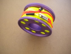 "100ft Anodized Aluminum Finger Spool w/ High Vis Yellow Line & line swivel!  ""PURPLE Body"" - Product Image"