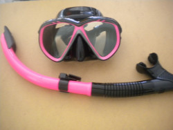 """IST Combo Kit Martinique Mask / Semi-Dry Snorkel Package! """" Pink Trim / Black Skirt"""" - Product Image"""