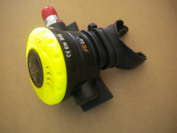 """Piranha Explorer NON-Adjustable Octo """"WMD"""" Extreme Diving 2nd Stage  """"All Yellow Face-Plate""""  - Product Image"""