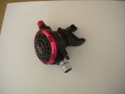 """Piranha Explorer """"WMD"""" Extreme Diving 2nd Stage  """"Red Ring-Black-Face Plate""""  - Product Image"""
