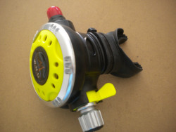 """Piranha Explorer Adjustable """"WMD"""" Extreme Diving 2nd Stage  """"Silver Ring / Yellow Face-Plate""""  - Product Image"""