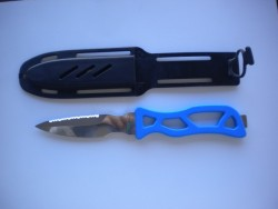 "Mako Stainless Steel Pointed Tip Knife w/ Sheath ""Blue Handle"" ""1 Only!"" - Product Image"