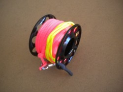 "Gap mini Finger Spool w/ 50 Ft Flat Pink Dive Line & Swivel!! ""Black Finish""  - Product Image"