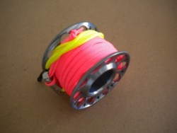"New! Gap mini Finger Spool w/ 50 Ft Flat Pink Dive Line & Swivel!! ""Light Grey/Smoke Finish""  - Product Image"