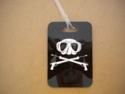 "Mask & Speargun Luggage Tag   ""One Tag Price"" - Product Image"