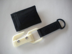 "New! Piranha's Explorer Ceramic Line Cutter w/ pouch "" White Body"" - Product Image"